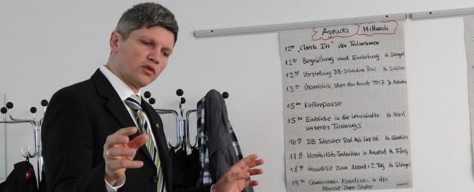 Top Lean Coach macht TRIZ-Einführung
